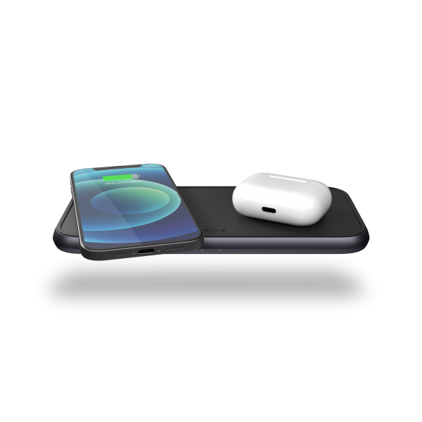 ZEDC11B 5 Coil Dual Fast Wireless Charger Top Front View with products