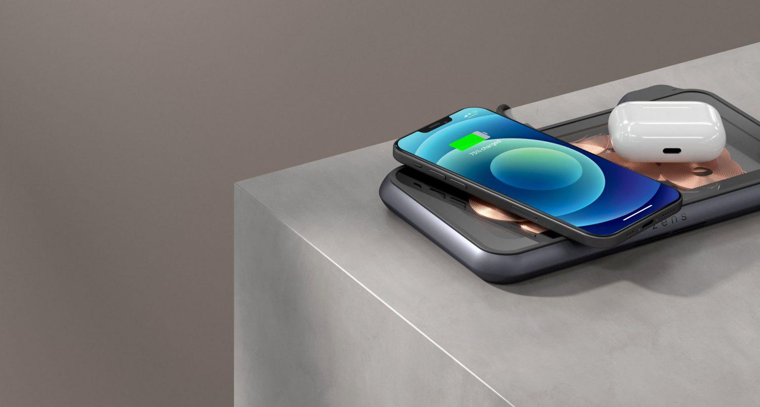 Liberty draadloze oplader met iPhone 12 en AirPods
