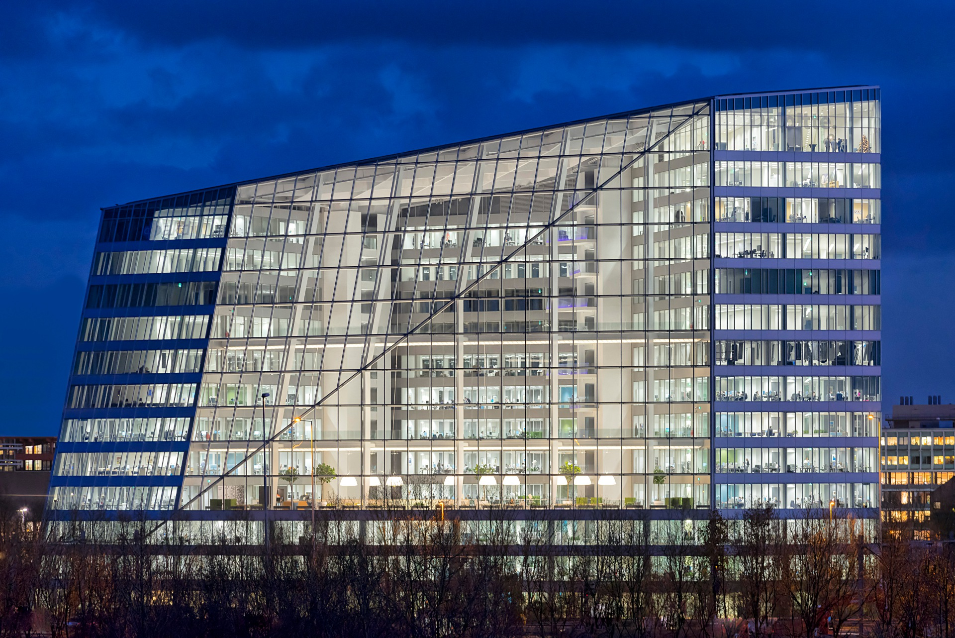 The Edge, designed by PLP Architecture for OVG Real Estate. HQ of Deloitte