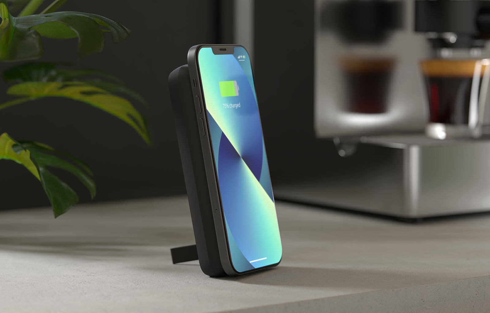 Magnetic Powerbank with iPhone 13